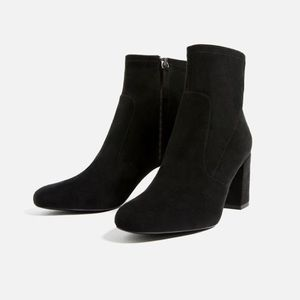NWT Zara Black Fitted Ankle Booties